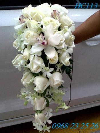 hoa cuoi hc113